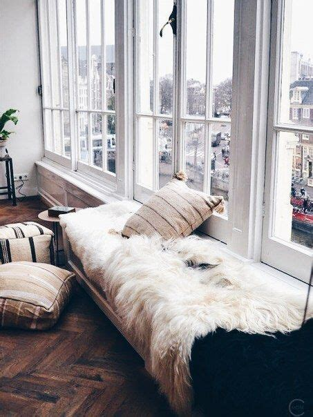 white fluffy bedroom rugs 1000 ideas about fluffy rug on white fluffy