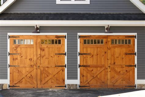 Hinged Barn Doors Home Above Garage The Barn Yard Great Country Garages