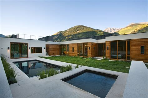 Small House Plans With Inner Courtyard by Linear Mountain House Of Wood Glass And Chalet Charm