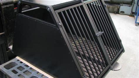 gabbie cani per auto esempi di gabbie per cani realizzate su misura