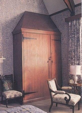 get the look william morris red house the chromologist crafts wardrobes and arts crafts on pinterest