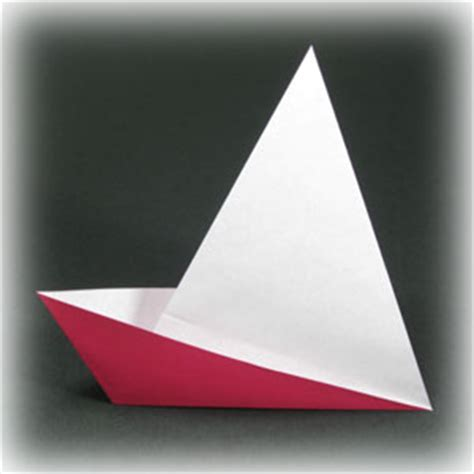 Origami Easy Boat - how to make a traditional easy origami boat page 1