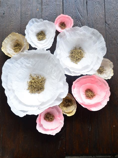 How To Make Big Flowers Out Of Crepe Paper - white pink and gold paper flowers paper flower