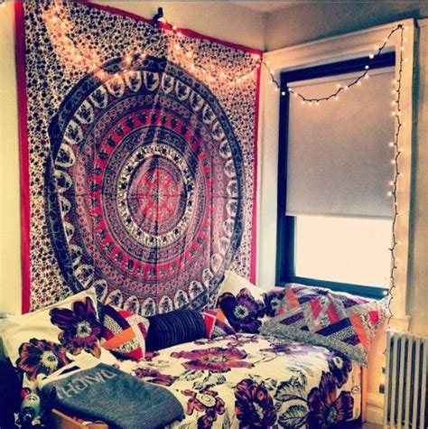 college room tapestry college interiors tapestry decor home bed that college to the