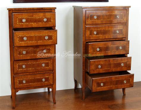 cassettiere settimanali cassettiere in legno vecchio settimanali e cassettiere