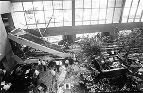 pin hyatt regency walkway collapse kcmb kansas city news hyatt skywalk collapse 30 year
