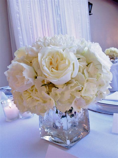 wedding centerpieces ideas not using flowers decorating ideas enchanting picture of tulip white flower wedding table centerpiece including
