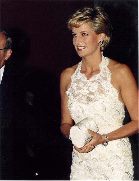 Diana White 1996 duchesse or ange