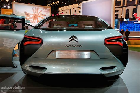 citroen cxperience citroen cxperience concept showcased in paris looks