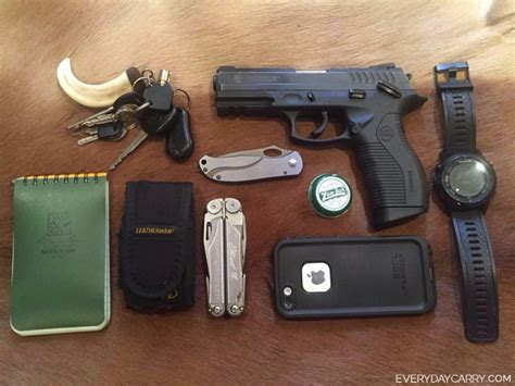 every day carry everyday carry pocket dump of the day stuart cbell