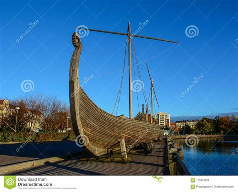viking wooden boats drakkar viking wooden boat stock image image of horizon