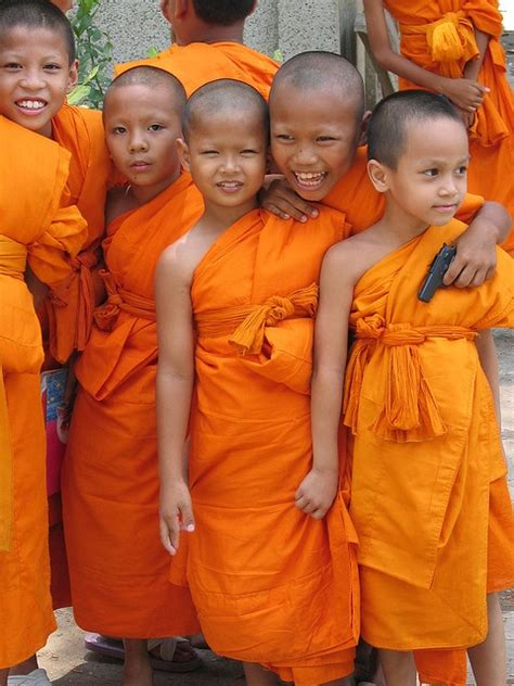 the boy and the monk and two in white the noble gifted prophet book series vol 1 volume 1 books monks thailand w 鉷 th c 鋠邃凪 﨧