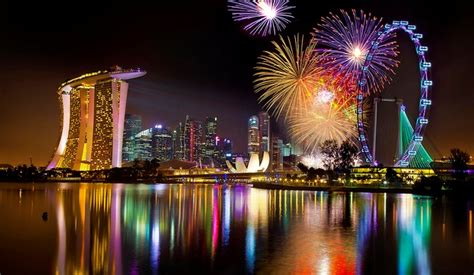 new year 2018 singapore food singapore nye fireworks on marina bay 2017