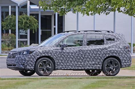 subaru forester 2019 spied 2019 subaru forester caught testing motor trend