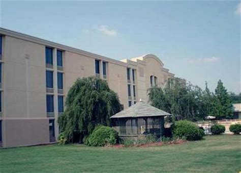 comfort inn laurens rd comfort inn laurens road greenville deals see hotel