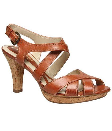 naturalizer heels comfortable naturalizer brown comfort heels sandals price in india