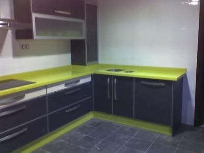 encimera verde pistacho 191 se me quedar 225 la casa muy oscura con tarima gris