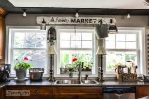 Fall Window Box Ideas - a junk filled summer home decorating tour funky junk interiorsfunky junk interiors
