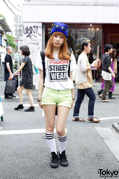 Miki Studed White Ear Pink vision wear t shirt cutoff shorts of david