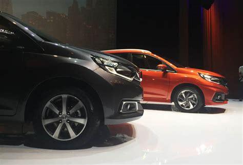 Kaos Mobil Honda Mobilio launching honda mobilio facelift 2017 otomotif
