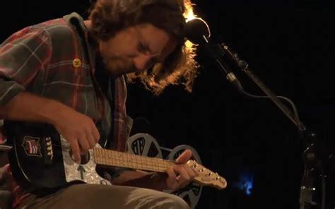 ukulele tutorial eddie vedder eddie vedder s acoustic guitar telecaster gear