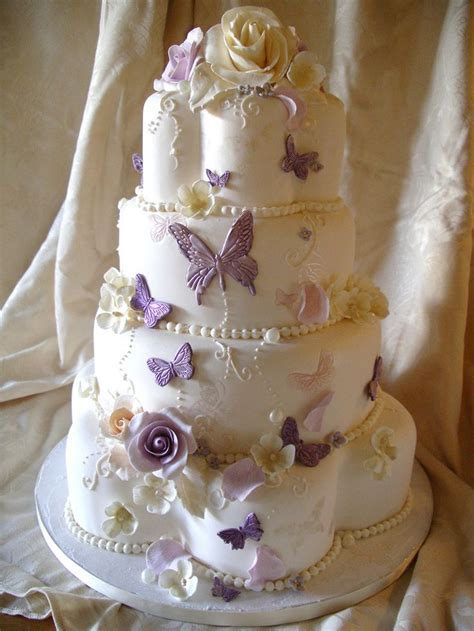 93 best Petal pan shaped cakes images on Pinterest