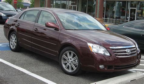 how does cars work 2007 toyota avalon transmission control file 2005 2007 toyota avalon jpg wikimedia commons