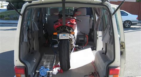Motorrad Transport Transporter by How To Load And Transport Your Motorbike The Bike Insurer