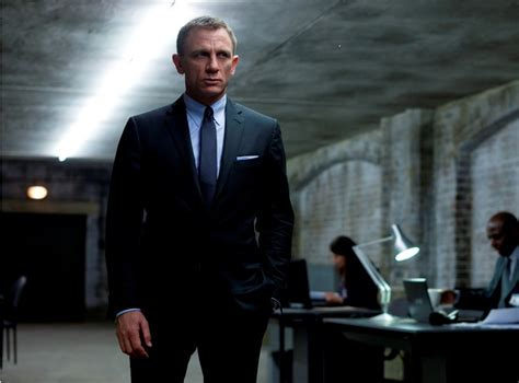 Bond Skyfall Wardrobe by Fashion Key Looks And Lessons From Skyfall