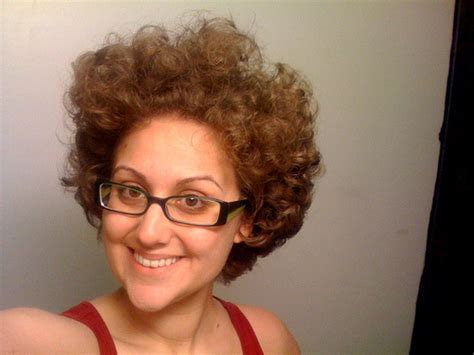 curly hairstyles buzzfeed 31 problems only people with curly hair will understand