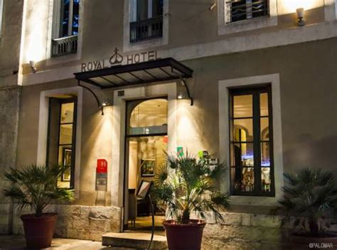 Restaurant Le Patio Littré Nimes by Nimes Carte Plan Hotel Ville De N 238 Mes 30000 Ou 30900