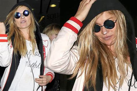 What Is That White Powder On Kate Moss by Kate Moss Wears White Powder On Nose As She Dresses