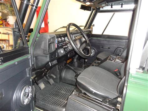1995 land rover defender interior pit 1995 land rover defender 90 defender source