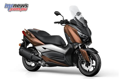 Evolis Emblem Xmax 250 yamaha xmax 300 new entry level max scooter mcnews au