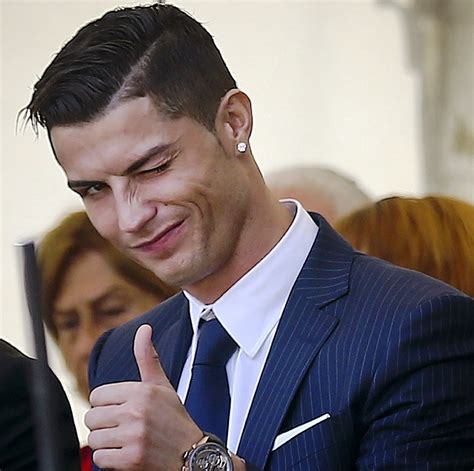 Model Rambut Ronaldo by 22 Koleksi Gaya Rambut Pemain Bola Terkenal 2018 Fashion
