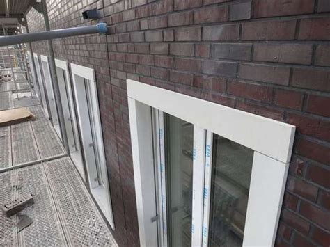 fensterbank innen beton fensterb 228 nke s 228 ulen mauerabdeckungen gesimse beton