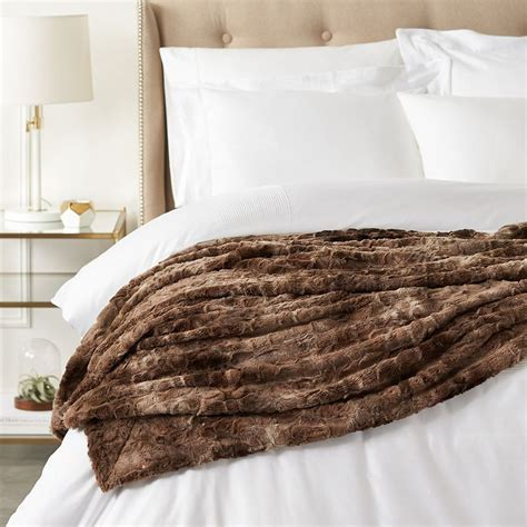 faux fur best the 7 best faux fur blankets to buy in 2018