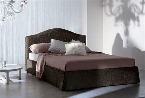 letti imbottiti con contenitore letto imbottito arem per da letto