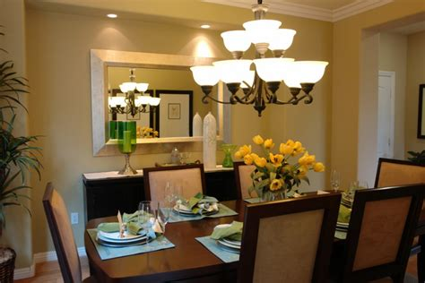 great dining rooms dining table chandeliers above dining table