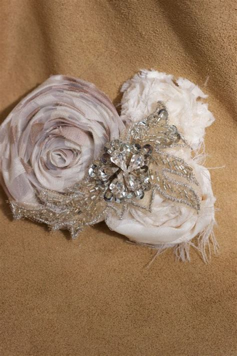 Vintage Inspired Wedding Hair Pieces by 17 Best Ideas About Flower Hair Pieces On