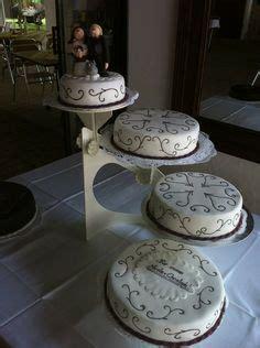 mehrstöckige torte ohne gestell tortenst 196 nder etagere 3 st 246 ckig hochzeitstorte deko