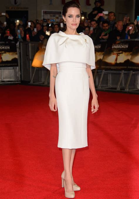 s day premieres 2014 look of the day stuns in white at