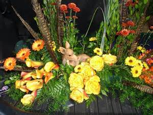 Floor Urn by Creative Amp Custom Funeral Flower Trends