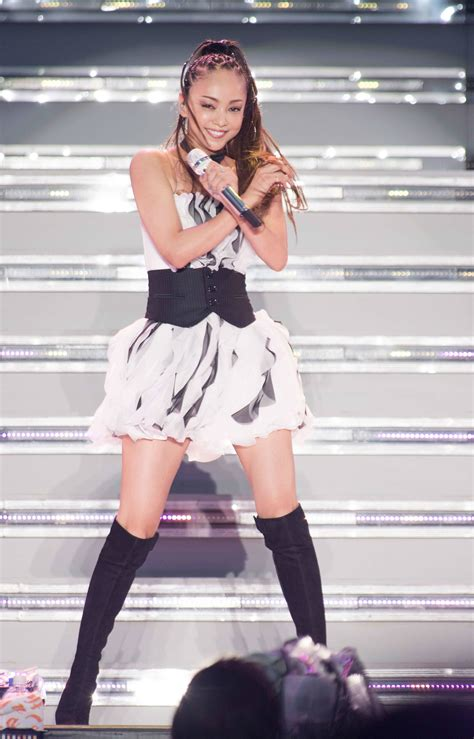 namie amuro tour 安室奈美恵 mc一切ナシで27曲を歌唱 故郷沖縄での凱旋ライブで52000人を魅了 spice エンタメ特化
