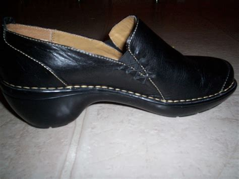 Dress Shoe Deodorizer by How To Remove Odor From Shoes Home Ec 101