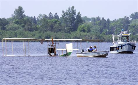 boat crash duluth 1913 replica biplane crash lands in duluth harbor no one