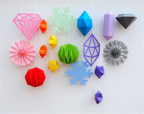 Things You Can Make With Construction Paper - cut fold paper minieco