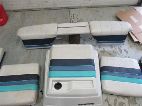 bayliner upholstery 1987 17 ft bayliner capri interior seats cushions back