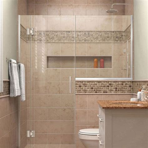 bathroom shower enclosures ideas 25 best ideas about small shower stalls on