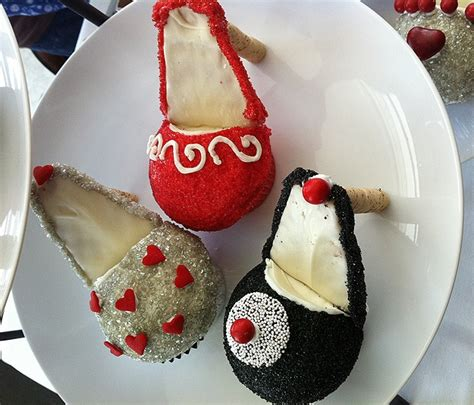 high heel cupcakes for fashionistas with a sweet tooth